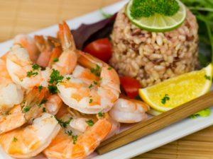 Знаете ли как се ядат морски дарове и специалитети?