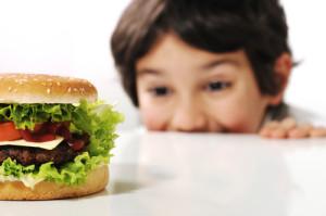 dete-hapva-junk-hrana