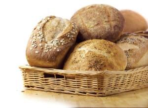 Домашни пълнозърнести хлебчета