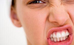 Какво да правим ако скърцаме със зъби в съня ни ?