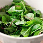 Вегетарианка съм и не консумирам никакви храни от животински произход. Как да си набавя калций?