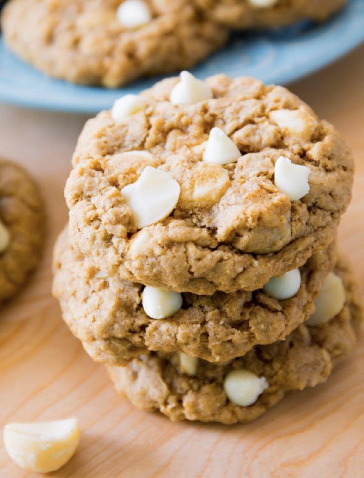 овесени-бисквити-с-бял-шоколад
